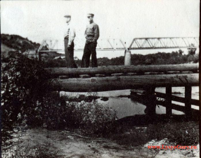 Строительство деревянного моста